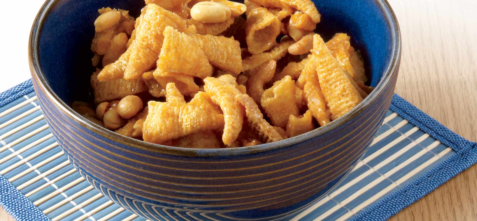 Game-Day Sweet & Salty Snack Mix