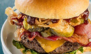Cheddar burger with brioche bun