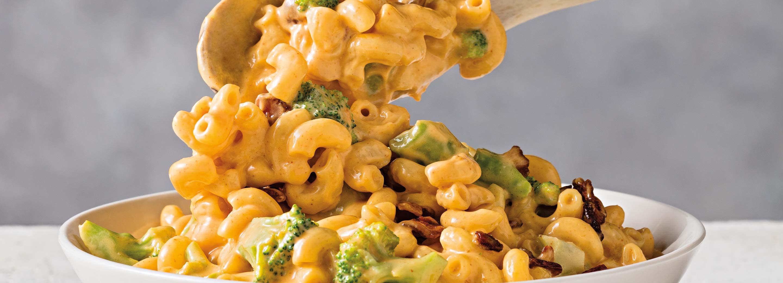 Easy Cheesy Broccoli Bacon Mac