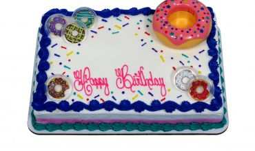 Remarkable Decorated Cakes Schnucks Personalised Birthday Cards Veneteletsinfo